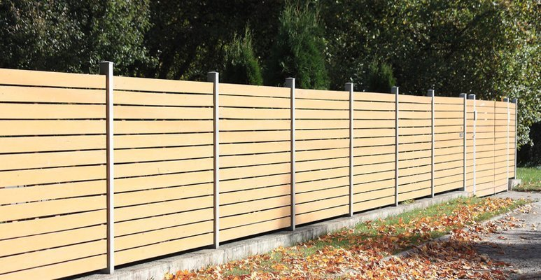 garden fencing hale barns cheshire