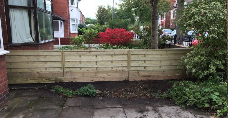 garden fencing urmston