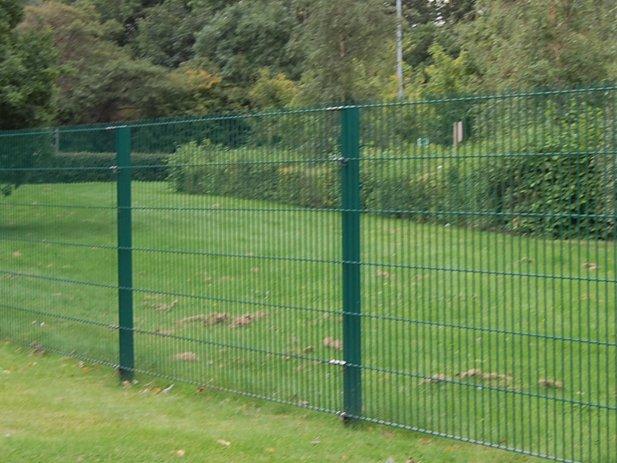mesh fence 2